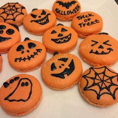 Mandy's baking journey: Pumpkin shaped Macarons