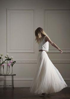 Net-a-Porter lance une collection de robes de mariée à prix accessibles   Glamour