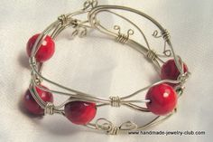 Best collection of free jewelry making tutorials, craft ideas, design inspirations, tips and tricks and trends Wire Jewelry, Jewelry Crafts, Beaded Jewelry, Jewelry Bracelets, Handmade Jewelry, Jewlery, Hair Jewellery, Silver Jewelry, Wrap Bracelet Tutorial