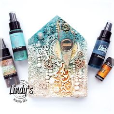Curiously - wooden house for Lindy's Gang - video tutorial - by Kasia Bogatko