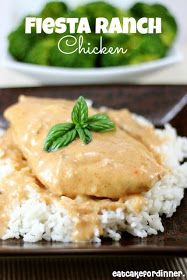 Fiesta Ranch Chicken Macros per serving (if made with light sour cream and 4 oz chicken breasts): 213 calories, 23g protein, 8g fat, 11g carbs, 1g fiber
