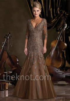 Fashion: women, dresses, formal Re-pins: 23 Likes: 7 Comments: None Link: yes Website: shopping 9:37-10:24