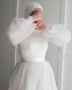 Hijab Prom Dress, Muslimah Wedding Dress, Hijab Evening Dress, Muslim Wedding Dresses, Wedding Dress Sleeves, Bridal Dresses, Bridal Hijab, Wedding Hijab Styles, Niqab