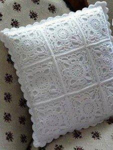 белая подушка