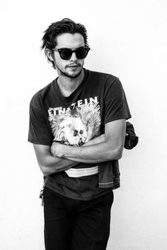 We'd like to wish a very happy birthday to Mr. Dylan Rieder! By far the most stylish skater on and off the board, with many more years to come.