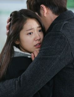 Kim woo bin, Park shin hye and Lee min ho on Pinterest Park Shin Hye And Kim Woo Bin Hug