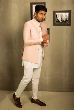 Indian Wedding Clothes For Men, Sherwani For Men Wedding, Boys Wedding Suits, Wedding Outfits For Groom, Wedding Dress Men, India Fashion Men, Indian Men Fashion, Mens Fashion Suits, Designer Suits For Men