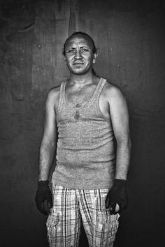Sebastian, Natural de arriate, vive y trabaja como chatarrero en Marbella, retrato