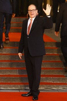 Prince Albert II of Monaco waves as he arrives for the gala of the International Olympic Committee (IOC) Session at Colon Theater in Buenos Aires, Argentina, 6 Sep 2013.