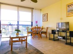 Maui Vista condo, there is currently a 14 day quarantine period for new arrivals - Kihei Outdoor Furniture Sets, Outdoor Decor, Condos, Maui, Swimming Pools, Ocean, Bedroom, Home Decor, Room