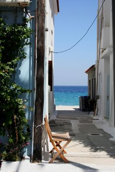 Streets with a sea view //Samos, Greece Places Around The World, Oh The Places You'll Go, Travel Around The World, Places To Travel, Places To Visit, Around The Worlds, Samos Greece, Greece Sea, Mykonos