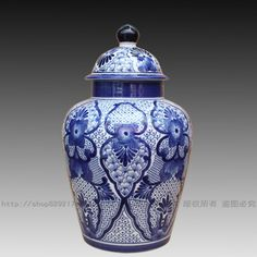 """Alibaba グループ   AliExpress.comの 花瓶 からの CHina's china Second only to tea, perhaps the most important contribution China made to European life was """"chin 中の 景徳鎮セラミック青と白の磁器の花瓶の装飾ホームアクセサリー"""