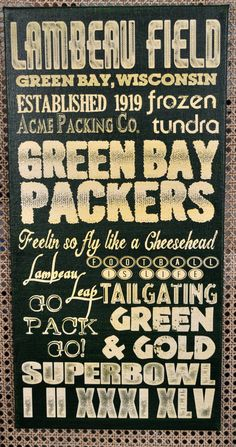 Ultimate Packer Fan - Green Bay Packers Inspired Canvas @Jordyn Crane Crane Crane Crane Bishop, you're so crafty. . . I bet Uncle John and Aunt Carmen would love this!