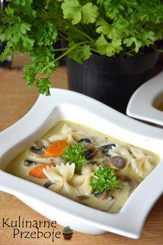 Zupa pieczarkowa, pyszna zupa pieczarkowa, zupa pieczarkowa zabielana, zupa pieczarkowa z kawałkami pieczarek, szybka zupa pieczarkowa.