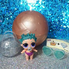 She's an outta this world cutie We dont have her big sister  but we had to take a picture of our #lilcosmicqueen  @lolsurprise #lolsurprisedolls #lolsurpriselilsisters #lollilsisters #lolsurpriseseries3 #loldolls #loldollsglitterseries #lolgoldball #surprise #collectlol #letsbefriends #glitter #sparkle #toycollectors #unboxing #mgaentertainment #toycommunity #toyphotography #dolls #dollphotography #kidstoys #hottoys #toyhunt #toyreview #igkids #kidsofinstagram #kidblogger #yqg #canadiankids…