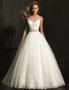 Wedding dresses, bridal gowns, bridesmaids' dresses, mothers' and evening dresses, bridal gowns by Izabella Bridal Boutique – bridal store, Toronto, Mississauga, Ontario. Pronovias, Allure, Private Label by G, Jasmine, Bill Levkoff, Venus, Alyce