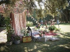 Shabby chic afternoon picnic area