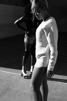5068c631aa Beyoncé lets us into her personal world (and gym) with this exclusive  behind-the-scenes footage of her new activewear collection