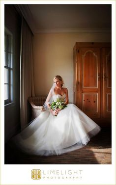 Limelight Photography, www.stepintothelimelight.com, Tampa Palms Country Club, Bride, Window Light, Portrait