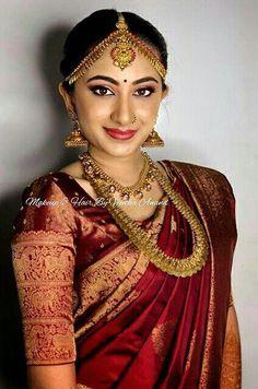 #bridaljewellerymodern Pattu Sarees Wedding, Indian Bridal Sarees, Indian Bridal Outfits, Wedding Silk Saree, Indian Bridal Wear, Bridal Dresses, Wedding Dress, Wedding Hair, Kerala Saree Blouse Designs