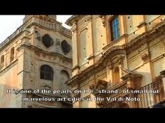 Noto: A Baroque Tale - Sicily - Italia.it Noto Sicily, Sicilian, Louvre, Italy, Mansions, Architecture, House Styles, Places, Gif