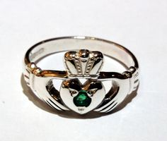 Sterling Silver  Emerald Claddagh Ring --gorgeous!