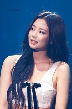 Your source of news on YG's biggest girl group, BLACKPINK! Please do not edit or remove the logo of. Kim Jennie, South Korean Girls, Korean Girl Groups, Blackpink Wallpaper, My Girl, Cool Girl, Rapper, Lisa, Korean Girl Fashion