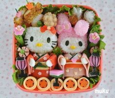 Doll festival My Melody and Hello Kitty: Mostly salad and rice, I like to eat simple things ( ・ ∀ ・ )