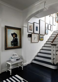 Ashley Putnam's Eclectic Houston Home - stairs and gallery room design design ideas design decorating Design Entrée, Foyer Design, Home And Deco, Interiores Design, Interior Inspiration, Interior Ideas, Modern Interior, Decoration, Interior And Exterior