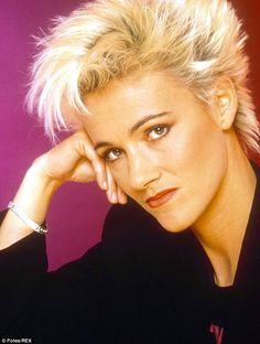 She's Got the Look: 20 Fascinating Photos of a Young Marie Fredriksson in the Late Marie Fredriksson, Divas, Short Blonde, Blonde Hair, Roxette Band, Women Of Rock, Richard Gere, Badass Women, Got The Look