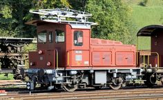 Train Suisse, Swiss Railways, Electric Locomotive, Bahn, Switzerland, Trains, Display Stands, Tractor, Electric