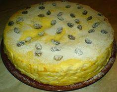 Tort de clatite cu branza dulce de vaci si stafide Sweet Tooth, Pie, Pudding, Vegan, Desserts, Food, Sweets, Torte, Tailgate Desserts