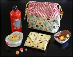 Back to School Sewing crafts - free Zakka Lunch Kit tutorial and download #crafts #sewing