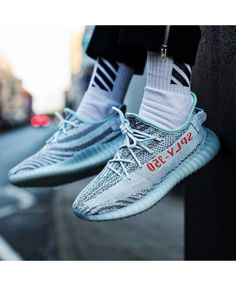cf5c0bbd53db Adidas Yeezy Boost 350 V2 Blue Tint Yeezy Trainer UK Sale Converse Shoes