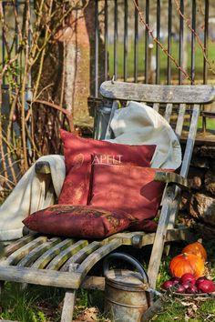 herbstliche Kissen mit Laubmotiv und Paisley - Artikel 3302, 3304, 3313 von Apelt