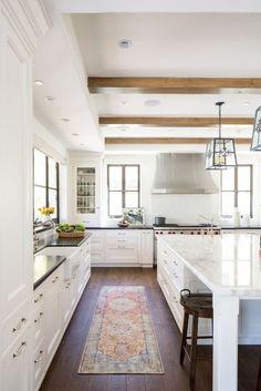 Modern Kitchen Interior Remodeling The Best White Kitchen Cabinet Design Ideas To Improve Your Kitchen 20 - White Kitchen Cupboards, Kitchen Cabinet Design, Interior Design Kitchen, Home Design, Kitchen White, White Cabinets, Cabinet Decor, Oak Cabinets, Cabinet Ideas