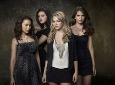 The Girls from The Secret Circle..Cassie, Dianna, Faye and Melissa