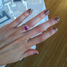 Glam leopard nail wraps https://subscribe.goscratch.it/