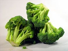 prevention: Broccoli shares these cancer fighting, immune boosting properties with other cruciferous vegetables such as cauliflower, Brussels sprouts and cabbage. Broccoli Sprouts, Broccoli Pasta, Fresh Broccoli, Frozen Broccoli, Steamed Broccoli, Broccoli Florets, Most Nutritious Vegetables, Veggies, Low Calorie Recipes