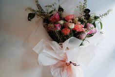 #flower#flowerlesson#flowerclass#flowerschool#florist#propose#present#bouquet#handtied