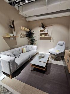 Jotun 99 forskjellige farger Scandinavian Living, Scandinavian Design, Living Room Inspiration, Decoration, Couch, Sofa, Interior, Furniture, Home Decor