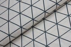 Antracitové trojúhelníky sv. béžové