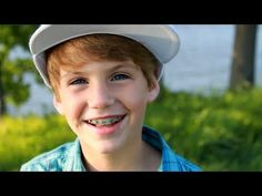 One Direction - What Makes You Beautiful (MattyBRaps Cover) Awe! I love MattyBRaps hes such a cute lil kid! :)