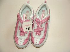 NEW Beautiful pair of girl tennis shoes    From: Xhilaration    Size: 12.5      Color: White and Pink
