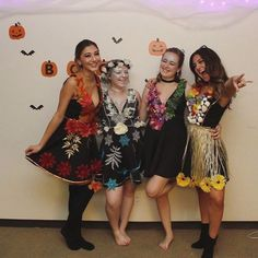 4 seasons group Halloween costume, four seasons, sprites, fairies Halloween Costume 4 Seasons, Four Seasons Costume, Partner Halloween Costumes, Diy Couples Costumes, Halloween Kostüm, Cool Costumes, Costumes For Women, Costume Ideas, Groupe D'halloween