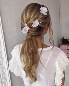 Do you wanna see more fab hairstyle ideas and tips for your wedding? Then, just visit our web site babe! Braided Hairstyles Updo, Hairstyle Ideas, Pretty Hairstyles, Girl Hairstyles, Wedding Hairstyles, Wedding Hair And Makeup, Bridal Hair, Hair Makeup, Updo Styles