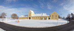 Retreat in der Winterzeit Mansions, House Styles, Building, Travel, Home Decor, Gera, Winter Time, Mansion Houses, Voyage