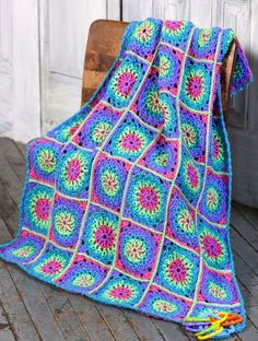 The colors and design are great for this Lite 'n Brite baby blanket. Nice share, thanks so xox