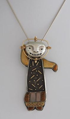 Denise and Samuel Wallace pin/pendant