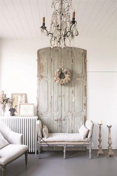 Jeanne d' Arc Living Magazine 2019 Issue French Country Cottage, French Country Style, Country Homes, French Decor, French Country Decorating, Shabby Chic Farmhouse, Farmhouse Decor, Victorian Farmhouse, Shabby Cottage